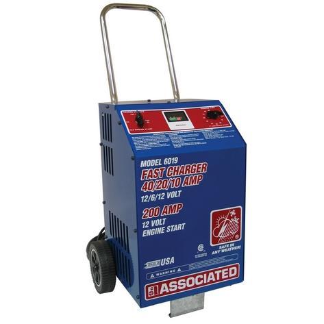 Associated FastCharger Model 6019 6/12 Volt