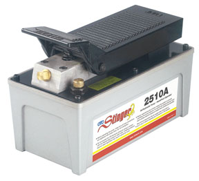 Stinger by OTC Tools & Equipment Air/Hydraulic Pump - OTC-2510A